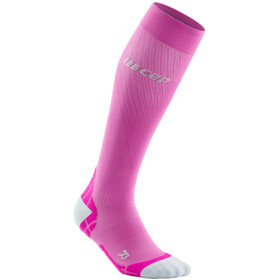 cep Ultralight Chaussettes de running Femme, electric pink/light grey